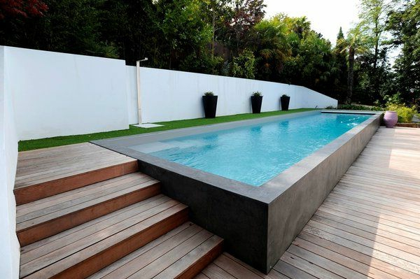 votre piscine semi enterr e 30 id es cr atives. Black Bedroom Furniture Sets. Home Design Ideas