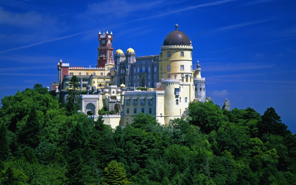 place-magique-sintra-visiter-portugal-chateau-dans-la-foret