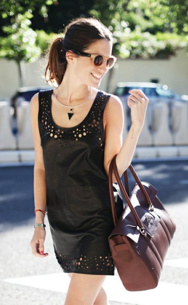 porter-une-robe-noire-comme-tenue-du-jour