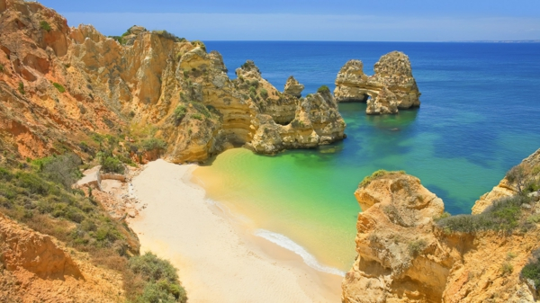 portugal-coast-visiter-algarve-baie-plage-nature