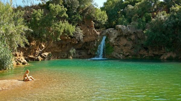 portugal-la-nature-une-lac-jolie-vert