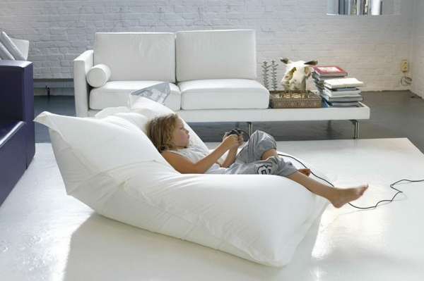 pouf-géant-blanc-assises-originales