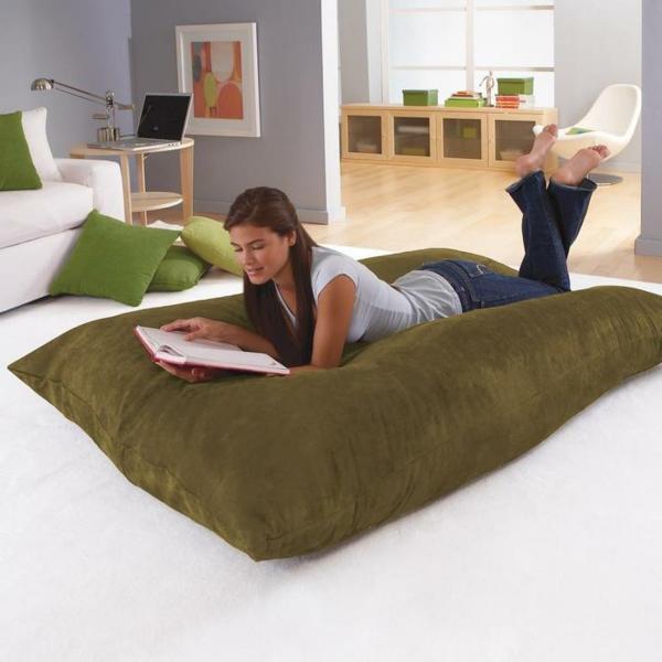 pouf-géant-un-grand-pouf-confortable