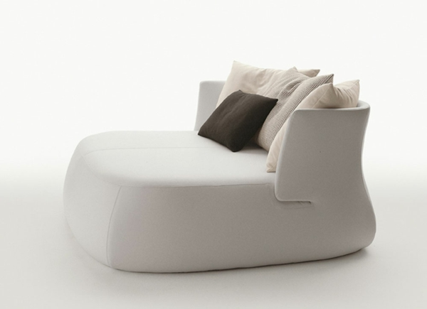 le pouf g ant un coussin de sol amusant et confortable. Black Bedroom Furniture Sets. Home Design Ideas