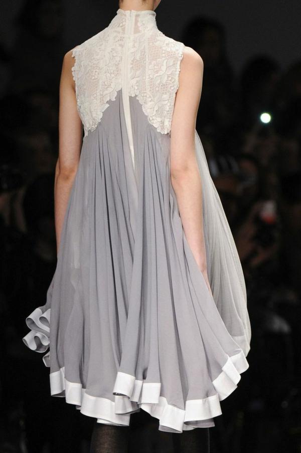 prêt-à-porter-mode-modèle-femme-robe-trapèze