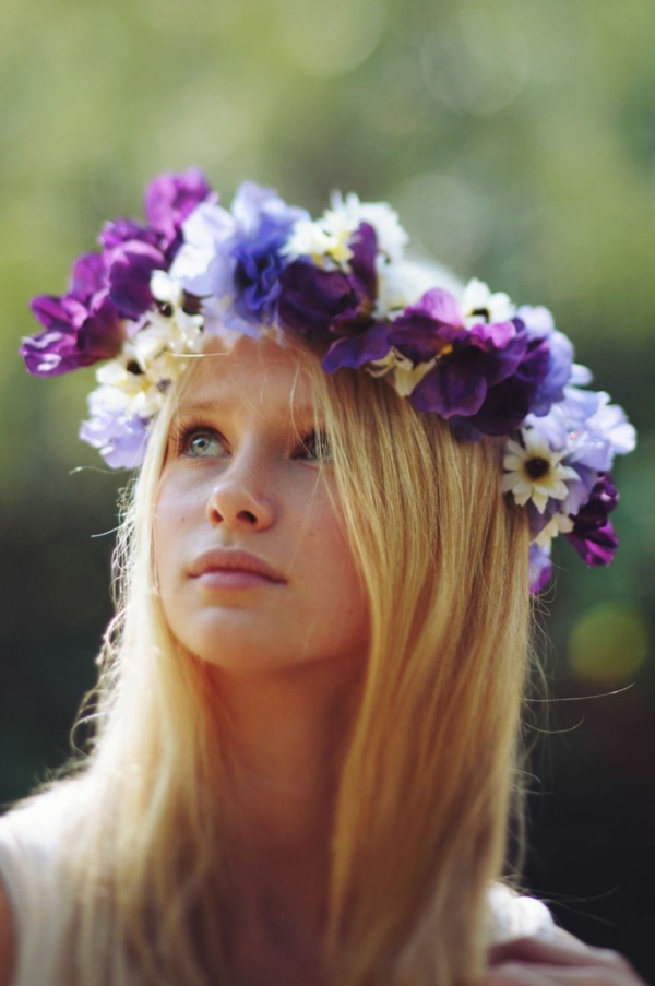 printemps-fille-couronne-fleurs