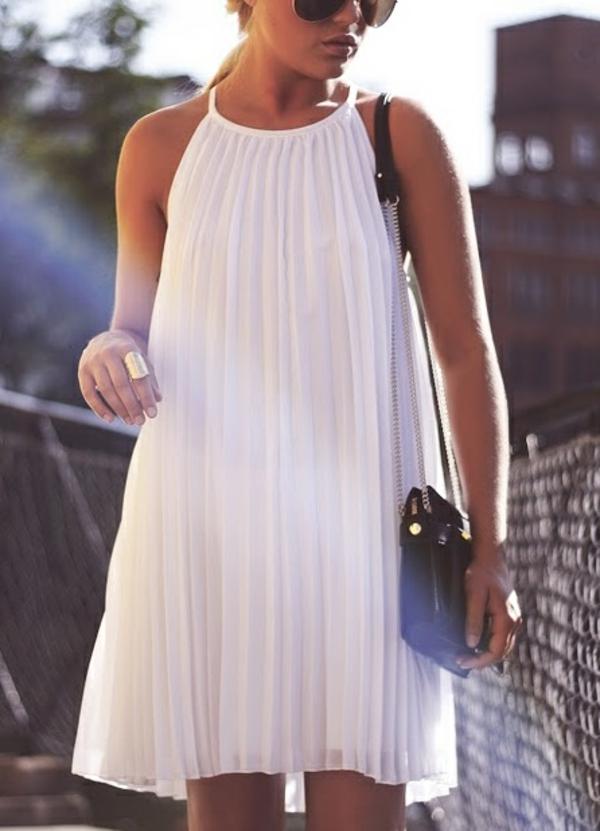 robe-à-la-mode-été-2015-accessoires-robe-pliée-blanche