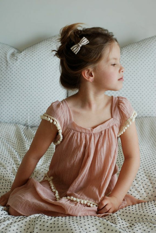 robe-classique-petite-fille