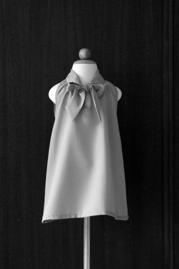 robe-classique-pour-enfant-gris