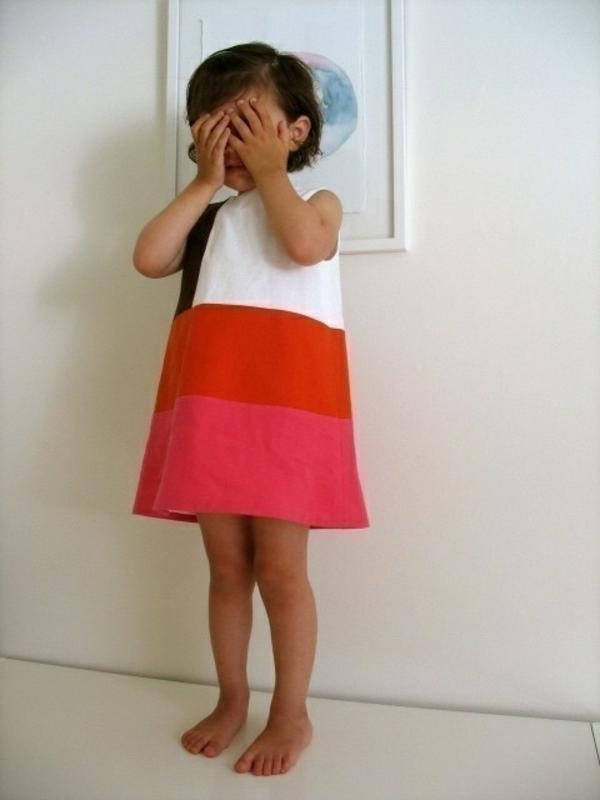robe-colorée-pour-enfant-fille