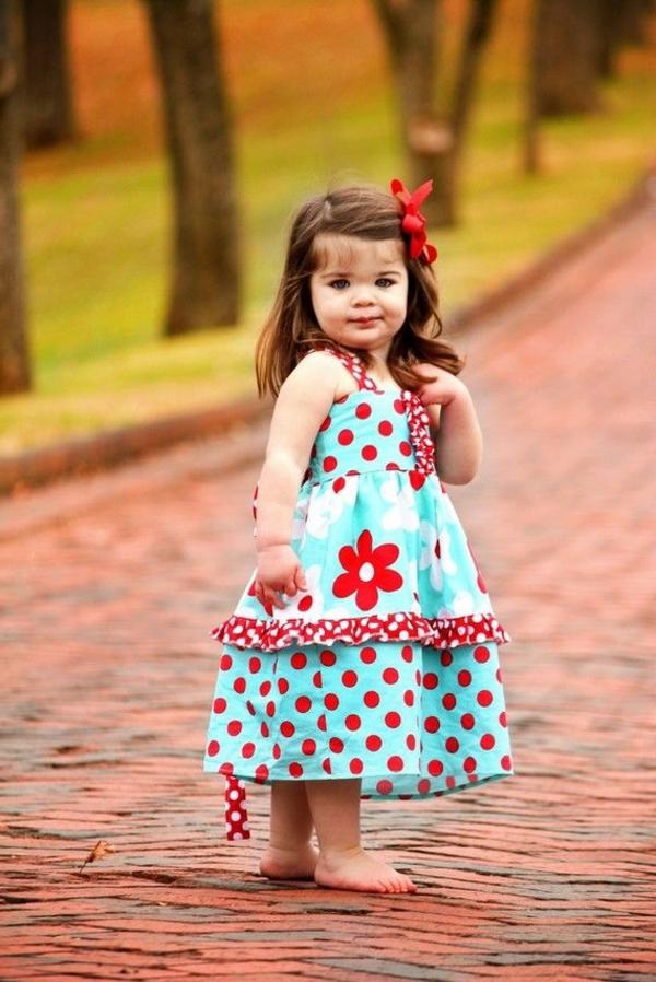 robe-colorée-pour-enfant-moderne-