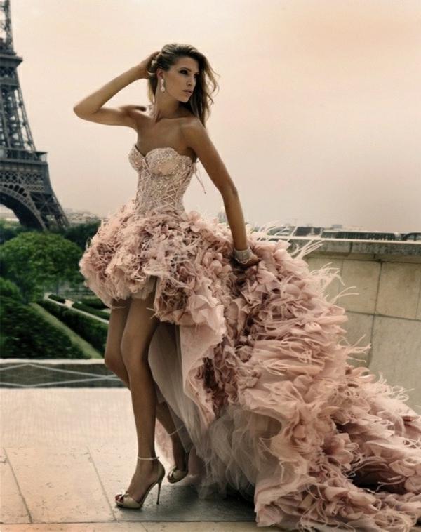 robe-de-soirée-rouge-leighton-meesters-robe-bal-de-promo-à-paris-tour-effel