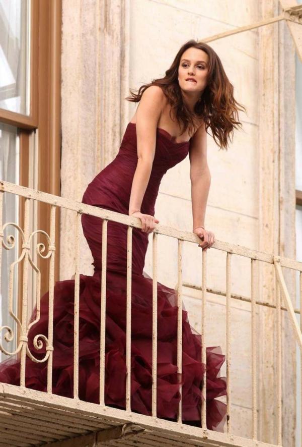 robe-de-soirée-rouge-leighton-meesters-robe-bal-de-promo