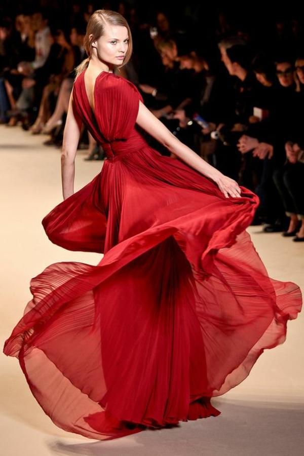 robe-de-soirée-rouge-longue