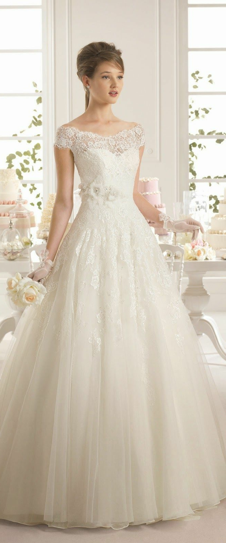 robes de mariée en dentelle pour un air classique