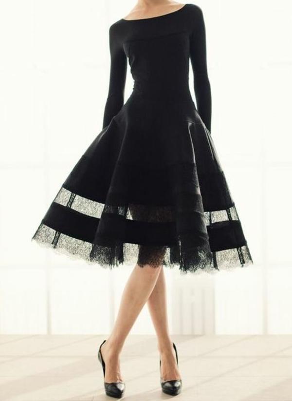 robe-noire-comment-la-porter-et-styler