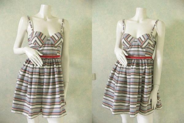 La robe bustier comment la porter - Porter un corset tous les jours ...