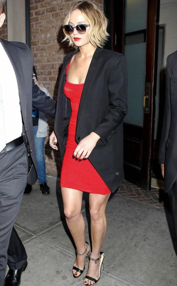 robe-rouge-stars-