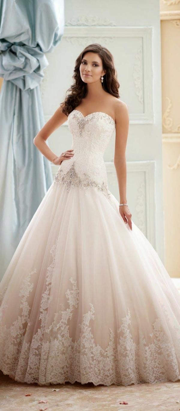 robes-de-mariée-blanc-cailloux.-