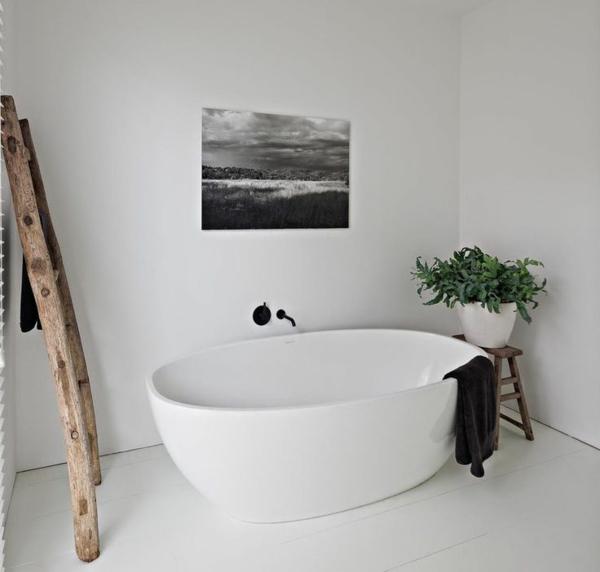 robinet-infrarouge-salle-de-bain-blanc-noir