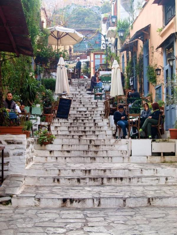 rue-grecque-architecture-monde-restaurant-monde