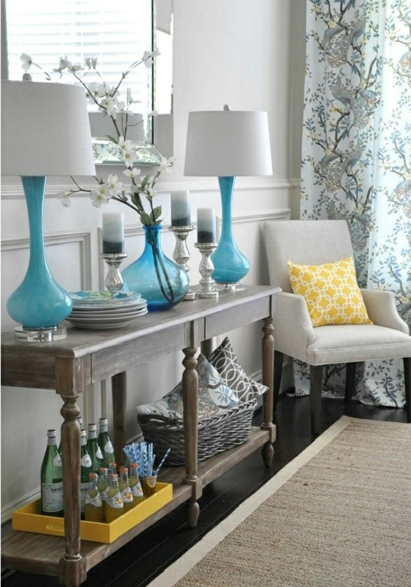 séjour-couleur-coussin-jeune-lampe-lustre-canapé-décor-printeps