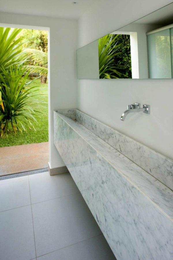 salle-de-bain-en-marbre-