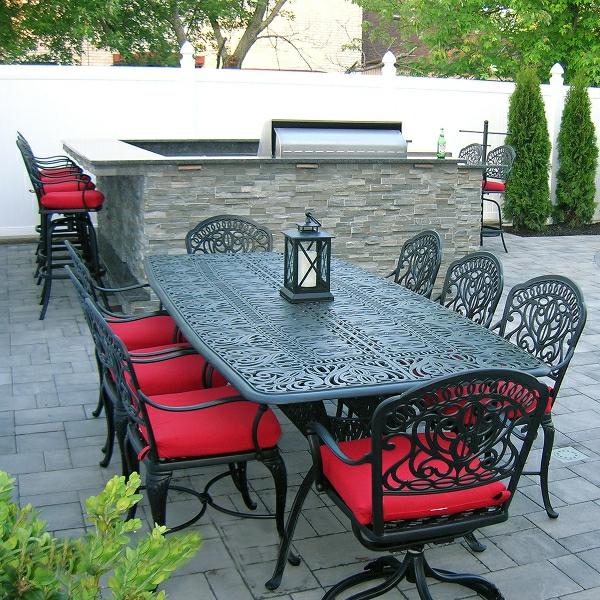salon-de-jardin-en-aluminium-équipement-pratique-et-très-déco-pour-le-jardin