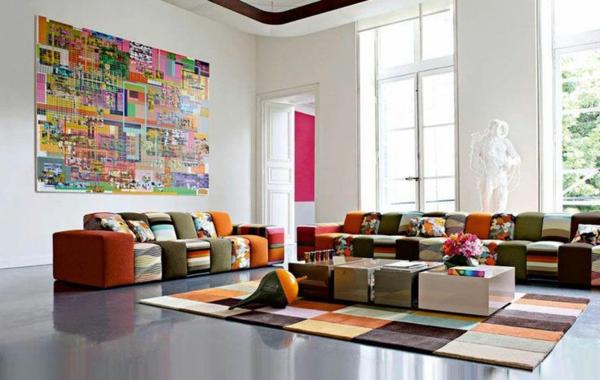 salon-roche-bobois-sofas-modulaires-et-petites-tables-basses