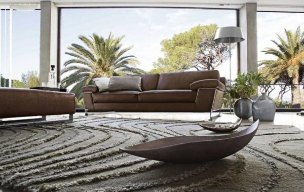 salon-roche-bobois-tapis-originale-intérieur-spacieux