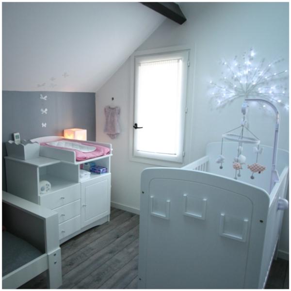 simple-blanche-principale-dormir-grenier-lit
