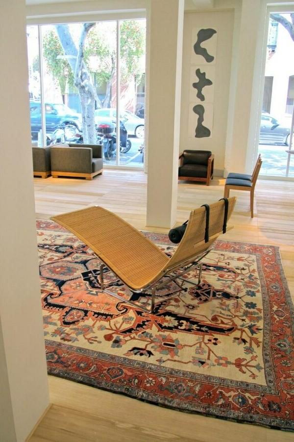 tapis-antique-chambre-lumineuse