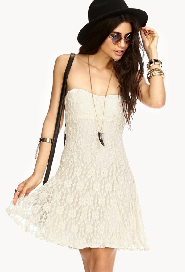 tenue-de-jour-robe-quotidienne-blanc-stylé