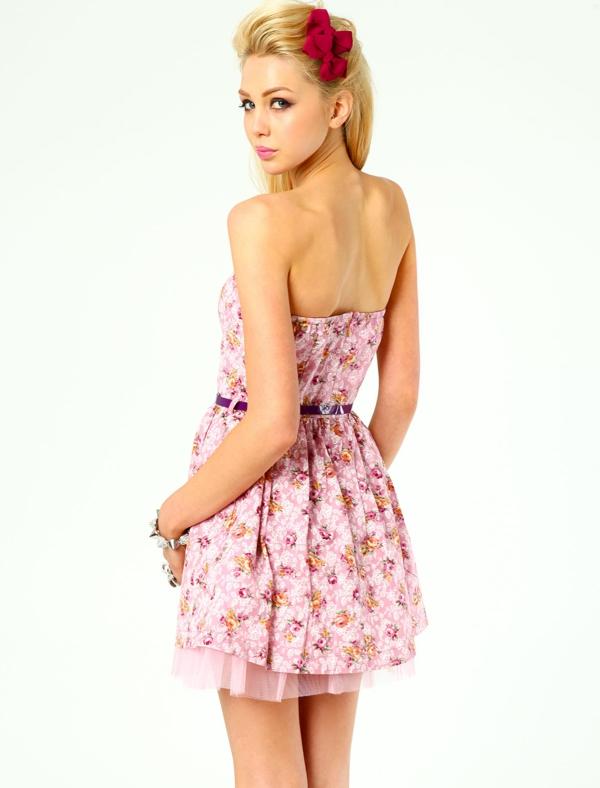 tenue-du-jour-robe-quotidienne-Ariana-Grande-Style