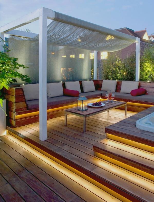 terrasse-en-bois-ou-composite-espace-spa-extérieur