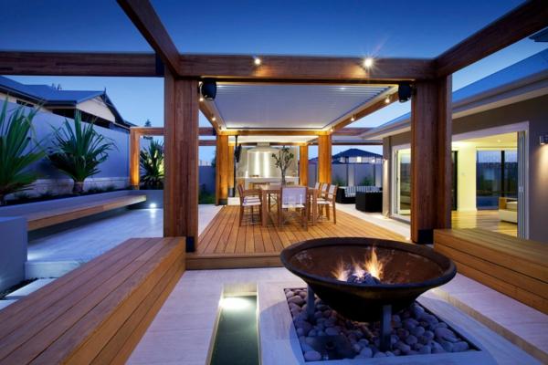 terrasse-en-bois-ou-composite-extérieur-moderne
