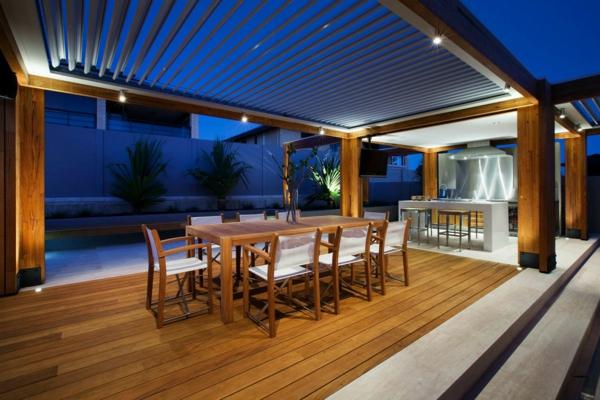 terrasse en bois ou composite, salon de jardin sur une terrasse en
