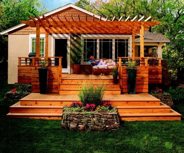 Terrasse en bois ou composite id es merveilleuses pour l 39 ext rieur for Petite terrasse en bois