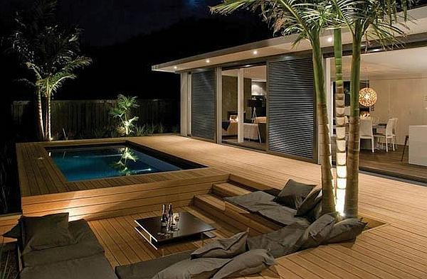 terrasse en bois ou composite, une terrasse moderne, piscine