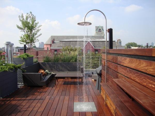 terrasse-en-bois-ou-composite-terrasse-sur-toit-en-bois