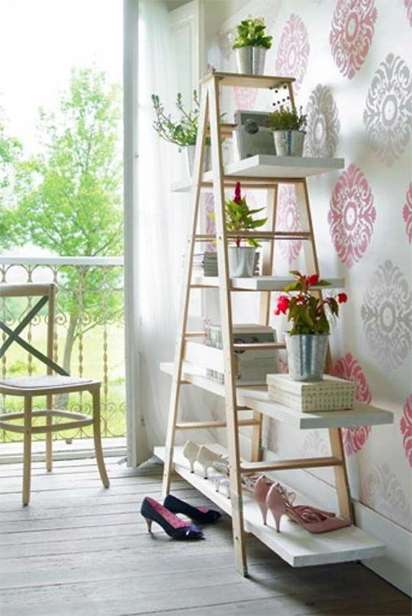terrasse-vue-jardin-étagère-échelle-vert-fleures-resized