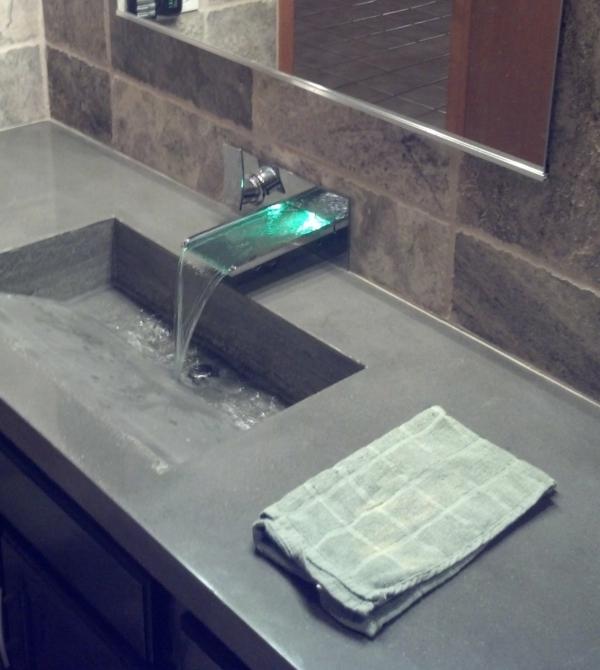 vasque-rectangulaire-en-béton-design-magnifique