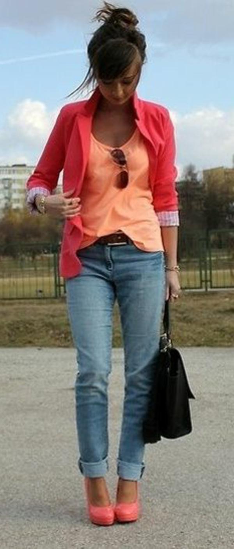 veste-corail-et-blouse-en-nuance-de-corail