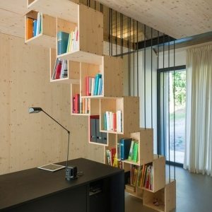 Les étagères cubes comme mobiliers pratiques et comme décoration