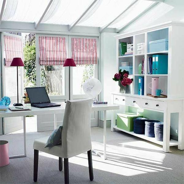 étagères-cubes-une-chambre-blanche-et-vintage