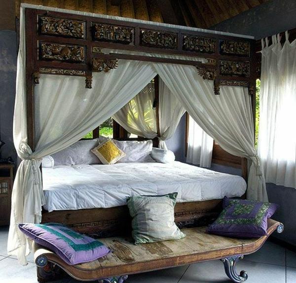 0-chambre-élégante-voile-de-lit