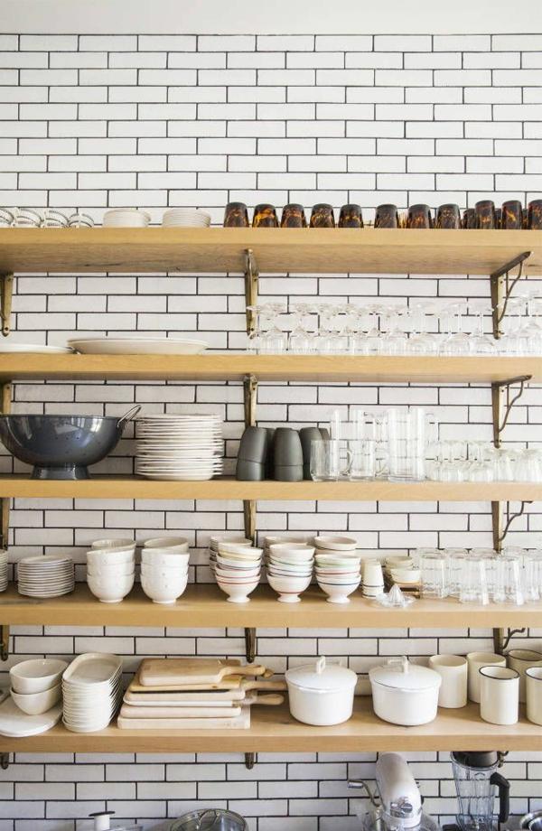 1-étagère-cuisine-poser-carrelage-mural-blanc