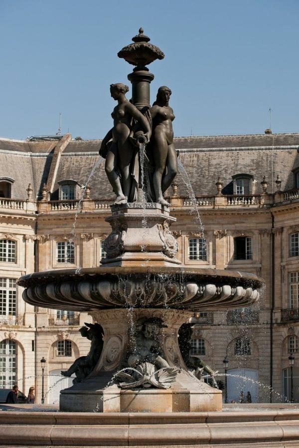 1-Bordeaux-Aquitaine-France