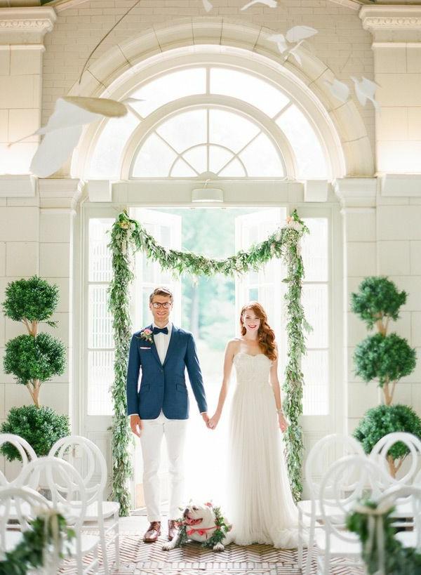 1-Deco-florale-marriage-fleurs-fraiches-couple-marié