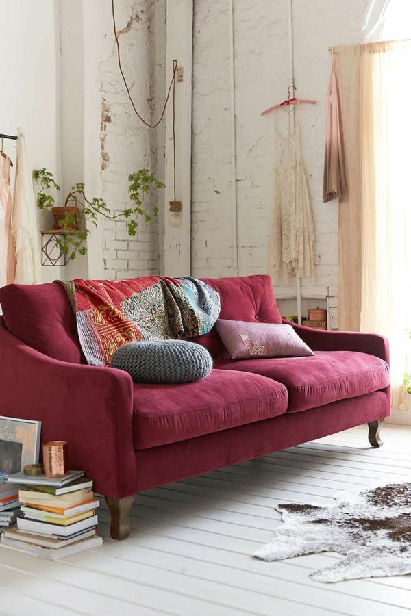 1-canapé-rouge-salle-de-séjour